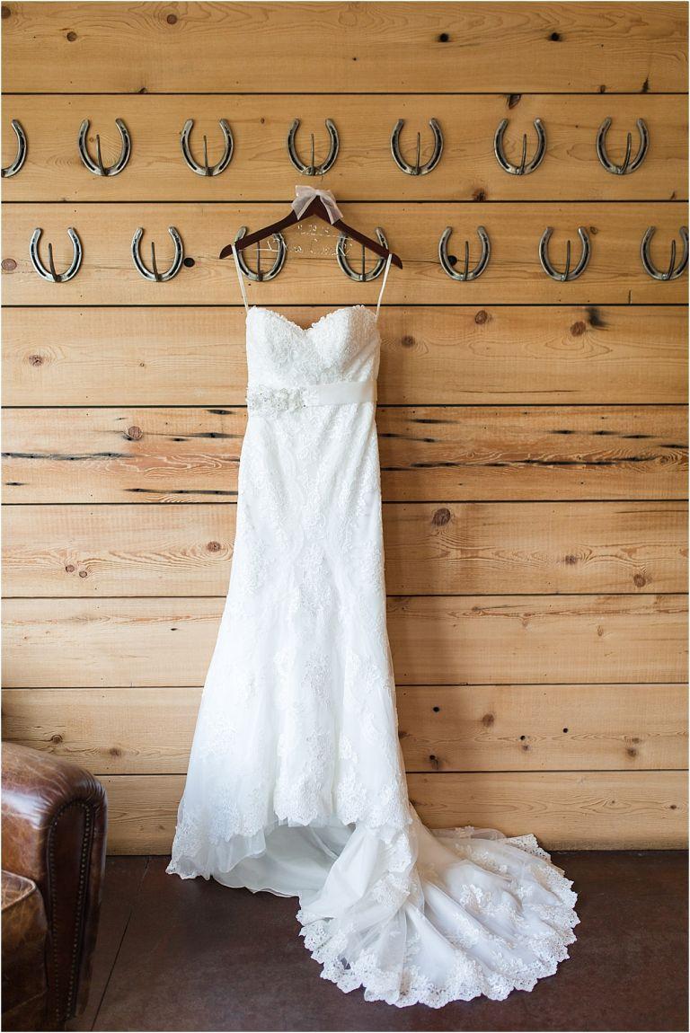Virginia Vineyard Wedding at King Family Vineyards | Hill City Bride Virginia Weddings Blog Dress Horseshoes Gown