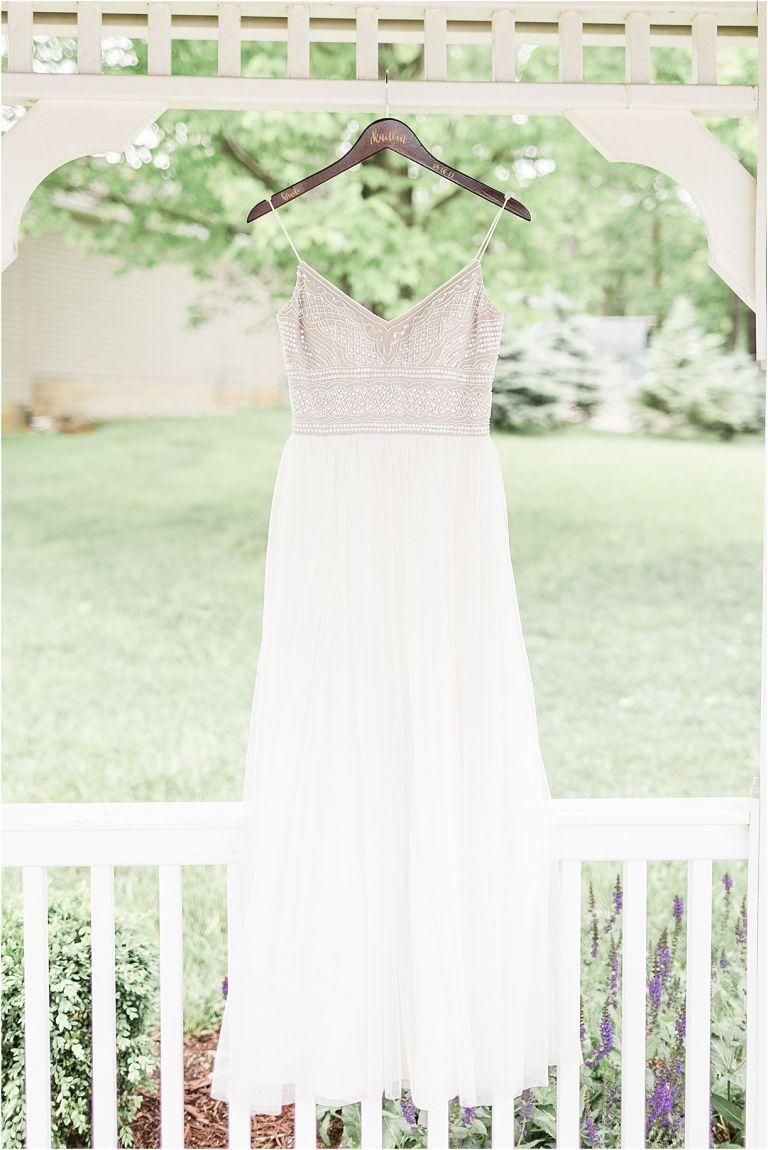 Spring Vineyard Wedding | Hill City Bride Virginia Wedding Blog - Jessica Green Photography - wedding gown