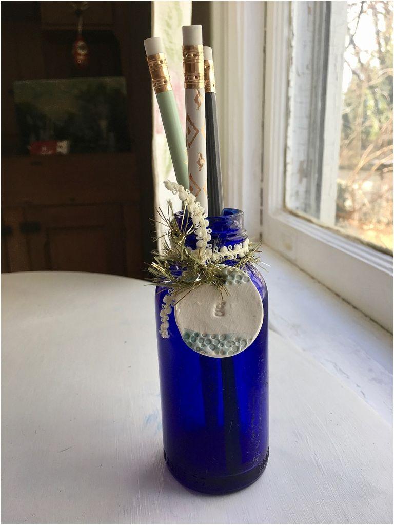 DIY Personalized Vintage Bottle Vases | Hill City Bride Virginia Wedding Blog