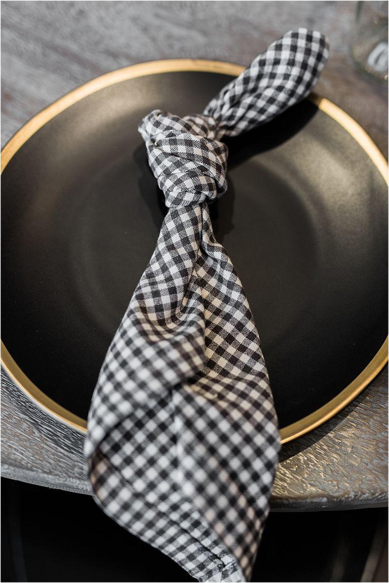 5 Simple Napkin Folding Ideas for Your Wedding Reception | Hill City Bride Virginia Wedding Blog Simple Knot Fold