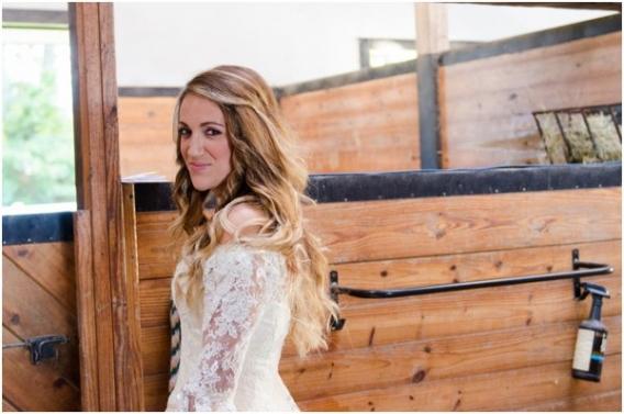Elizabeth Henson - Hill City Bride - Barn Wedding