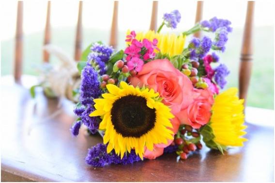 Hill City Bride - Elizabeth Henson - Flowers