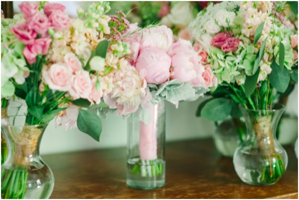 Flowers Jeffrey C Gleason Photography as seen on Hill City Bride