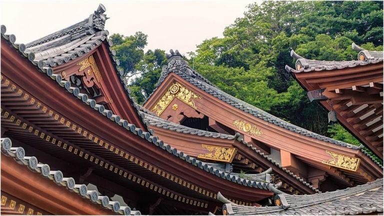 Unique Honeymoon Destinations as seen on Hill City Bride by Joe de Sousa Hase-dera Temple, Kamakura, Japan