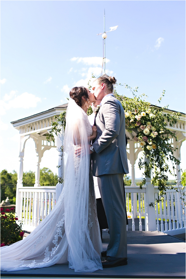intimate-backyard-wedding-as-seen-on-hill-city-bride-by-megan-vaughan-photography_0018