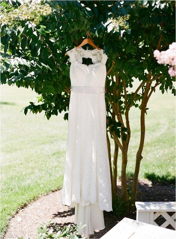 williamsburg-virginia-wedding-as-seen-on-hill-city-bride-by-ashley-cox-photography_0001