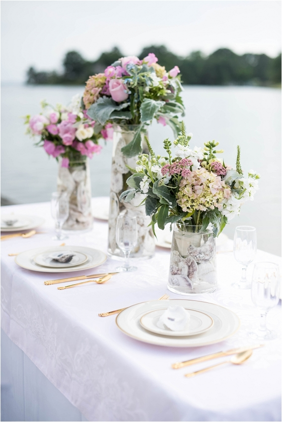 The Tides Inn Virginia Wedding Inspiration as seen on Hill City Bride Blog by Will Hawkins Photography - flowers, tablescape