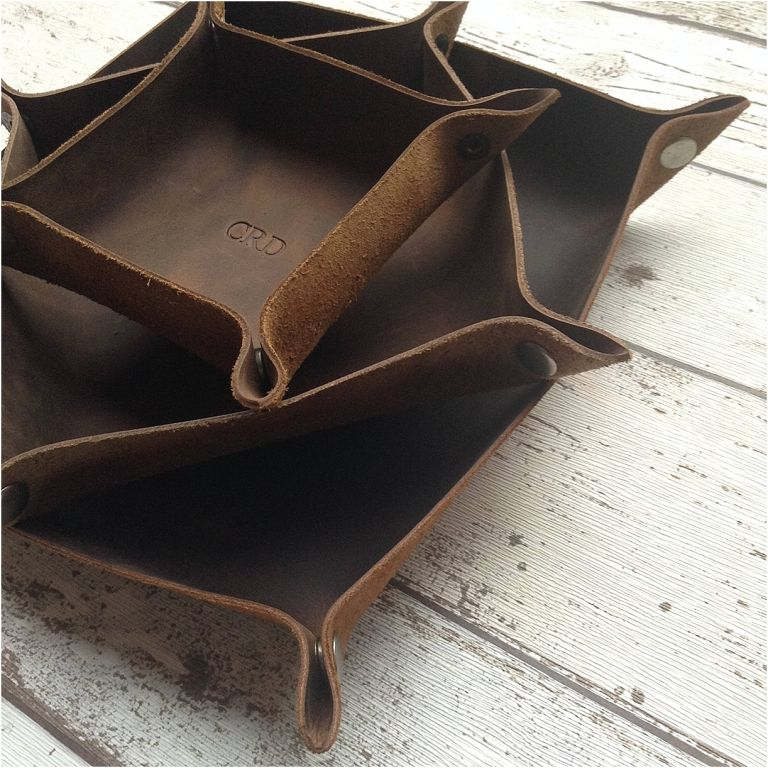 Leather Gift Ideas for the Travel Lover Traveler as seen on Hill City Bride Virginia Wedding Blog - honeymoon, destination, traveling, tray, snap, flat
