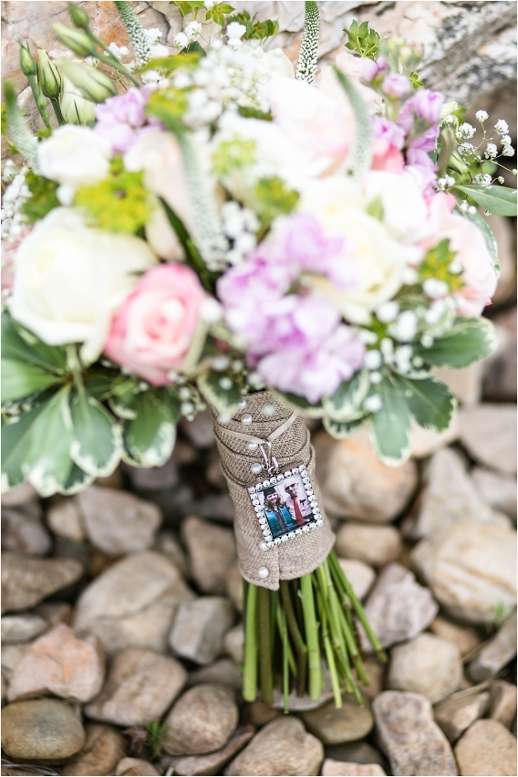 Ways to Remember Lost Loved Ones at Your Wedding Honor Deceased | Hill City Bride Virginia Wedding Blog