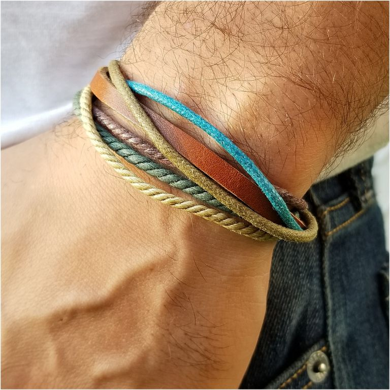 Christmas Gifts for Men who Love the Outdoors | Hill City Bride Virginia Wedding Blog Leather Corded Bracelet