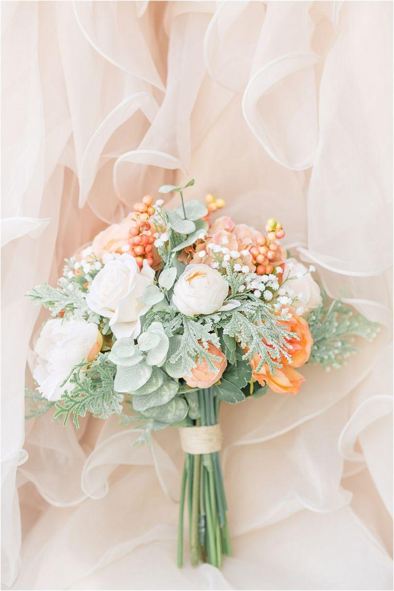 Virginia Mountain Wedding in Crozet in Hues of Peach Green Blush Rose Gold Montfair Resort | Hill City Bride Virginia Wedding Blog
