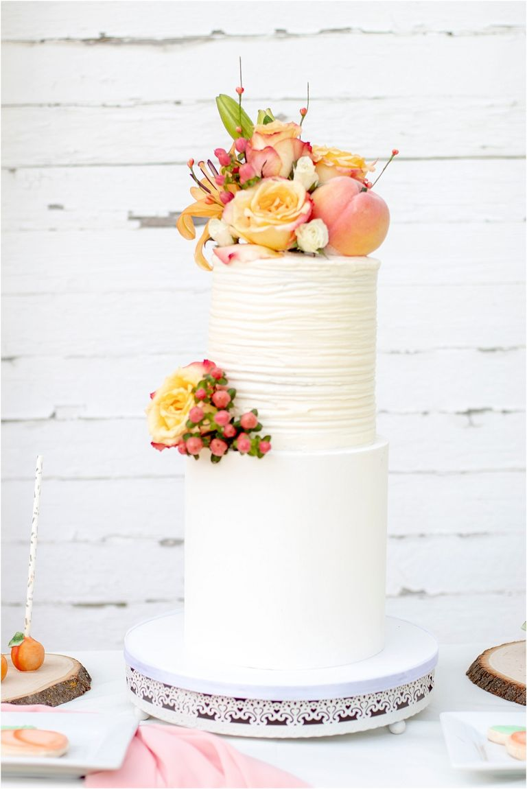 Shopping Locally for Your Wedding | Hill City Bride Virginia Weddings Cake