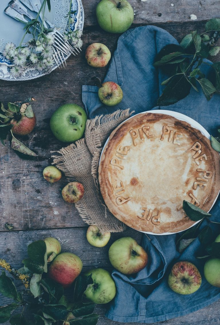 Apple Pie Crust Recipe with Letter Art | National Apple Day | Hill City Bride Virginia Weddings