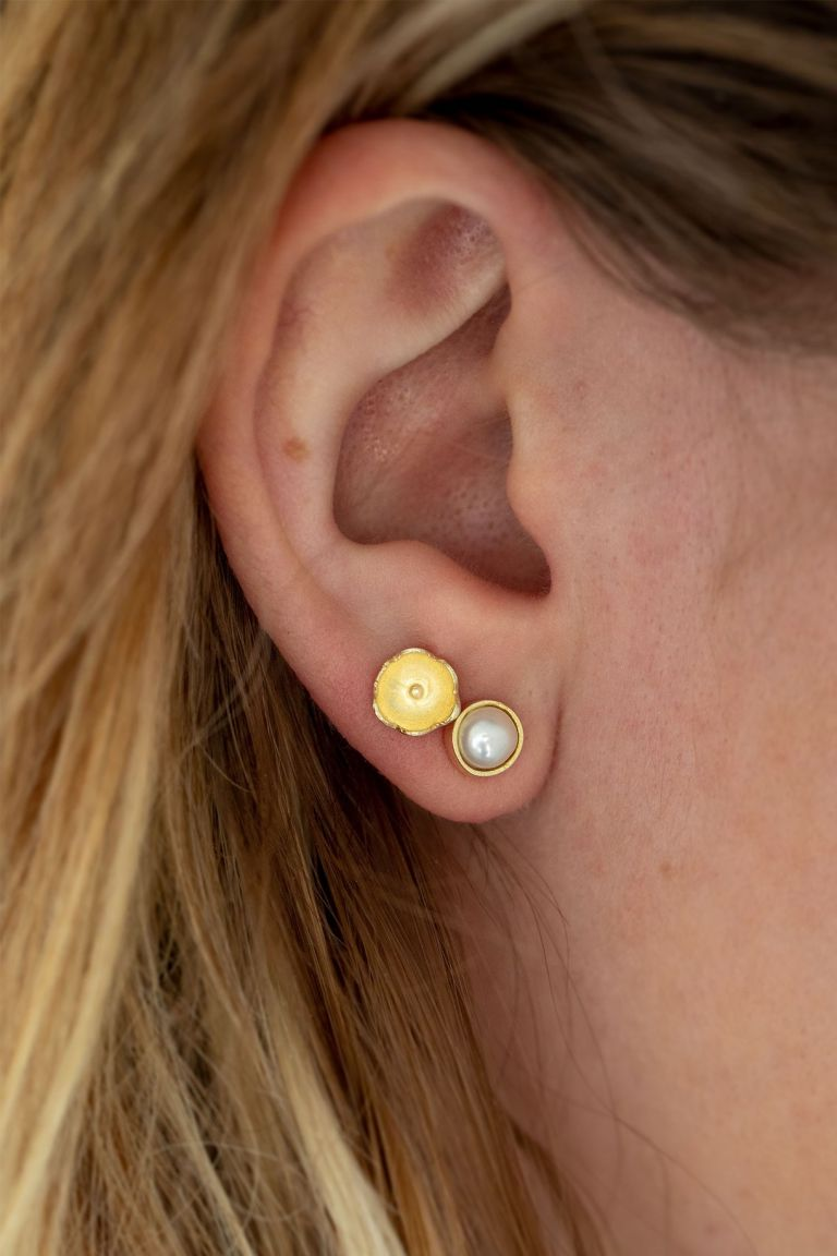 Handmade Jewelry | Unique Bridesmaid Gifts | Ten Thousand Villages | Pearl Post Earring Set