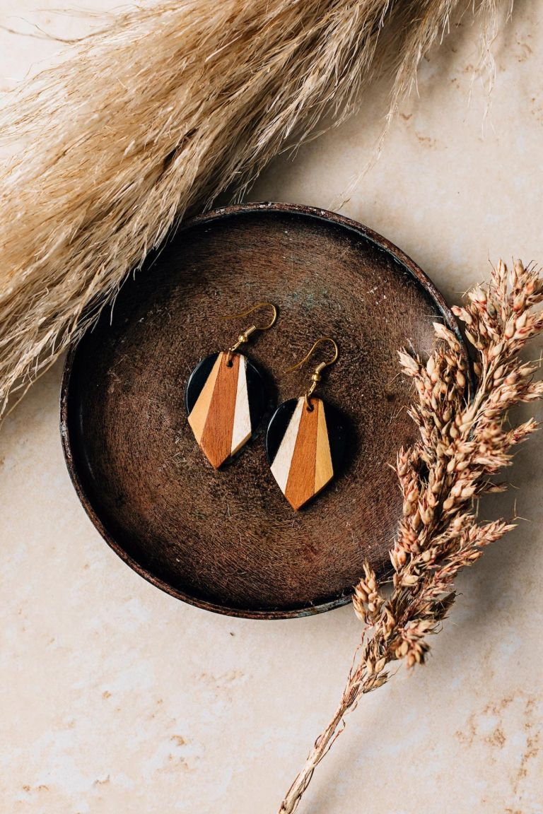 Handmade Jewelry | Unique Bridesmaid Gifts | Ten Thousand Villages | Radiance Earrings