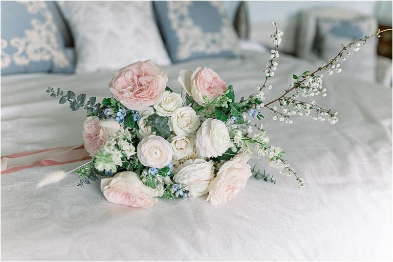 Light Pink Wedding Theme | Hill City Bride | Blush Pink and Navy Blue Wedding Bouquet