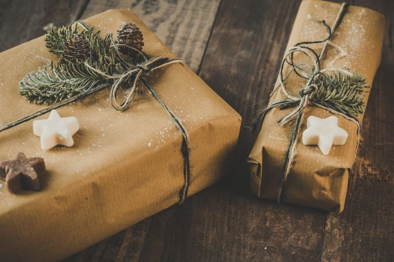 Cheap But Thoughtful Christmas Gifts for Adults
