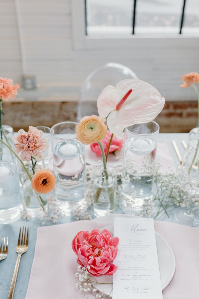 Pink and Coral Flowers for Summer Wedding Table